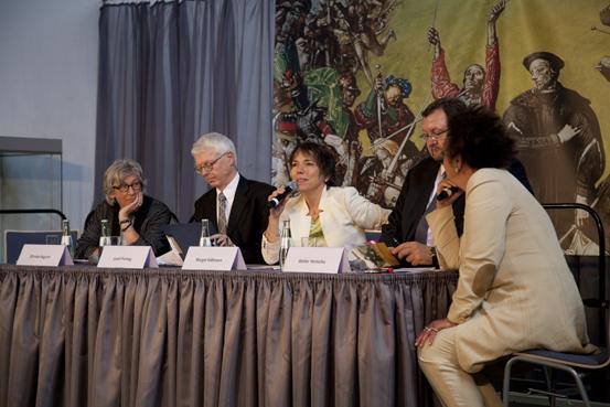 v.l.n.r.:Elfriede Begrich, Josef Freitag, Margot Käßmann, Walter Homolka und Luc Jochimsen (Foto: Yves Harmgart)